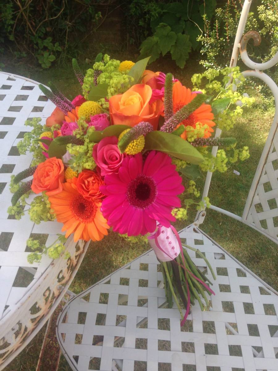 bold colours bridal bouquet