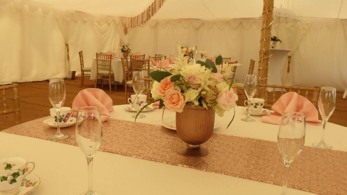 Rose gold themed wedding table